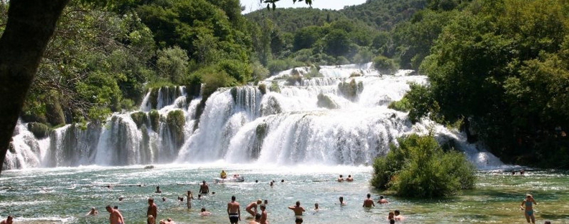 Krka National Park is the seventh national park in Croatia, known for its many lakes and waterfalls. The National Park is located in central Dalmatia, away from the apartment IMPRIĆ cca.50 km. .