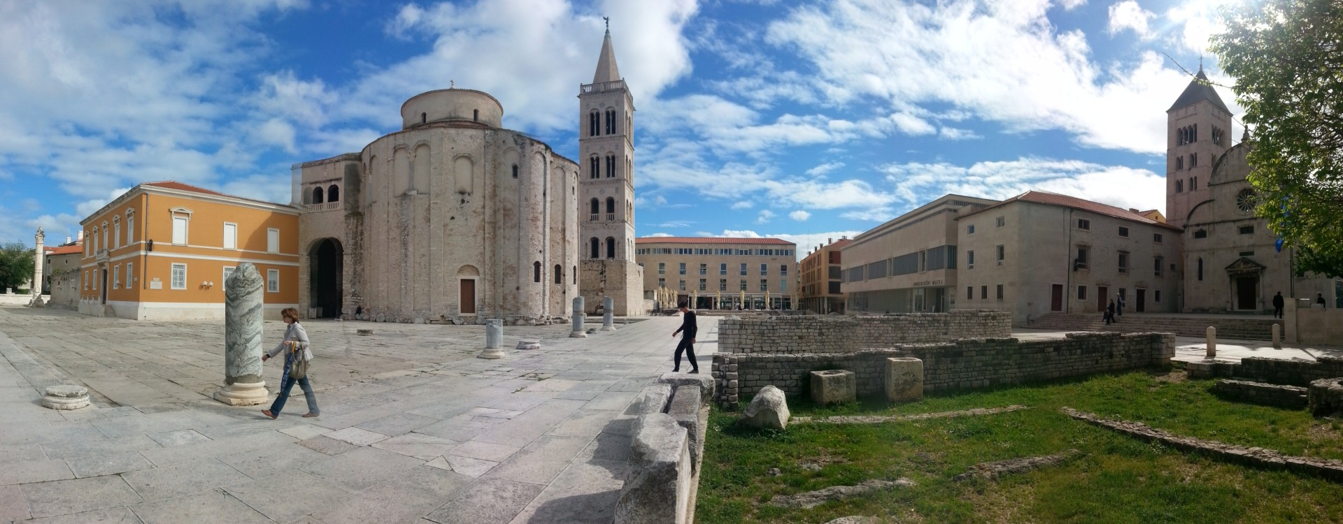 Church of St.. Donat from the 9th century, which was built on the ruins of the Roman Forum, the symbol of the town Zadar
